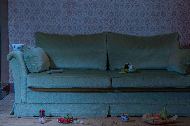 Sofa-lounging-2050-final-min